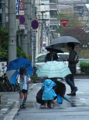 雨降り通園